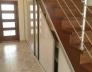 Vestavěná skříň do šikminy pod schody